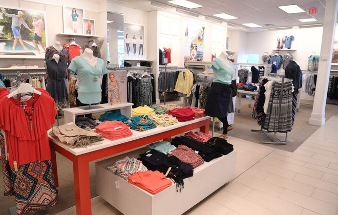 All 650 DressBarn stores, such as this one in Nanuet, will close. (Getty Images)