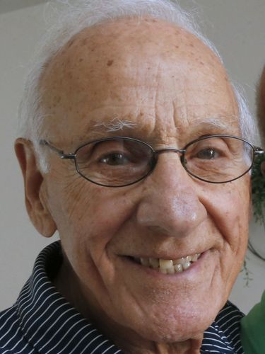 Benny F. Constantino, 93, Buffalo elementary school principal and basketball official