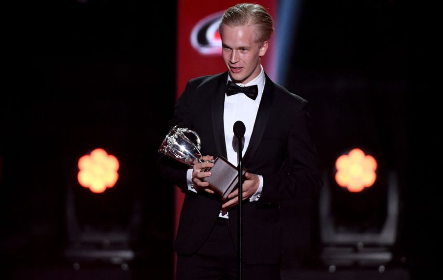 Elias Pettersson of Vancouver beat out Sabres defenseman Rasmus Dahlin to win the Calder Trophy as Rookie of the Year (Getty Images).