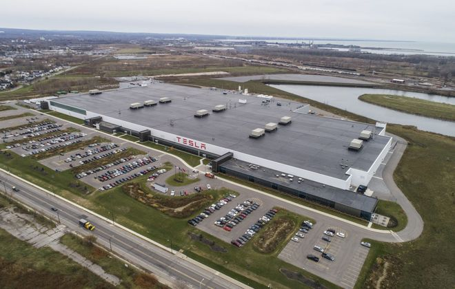 The Tesla factory at RiverBend. (Derek Gee/Buffalo News)