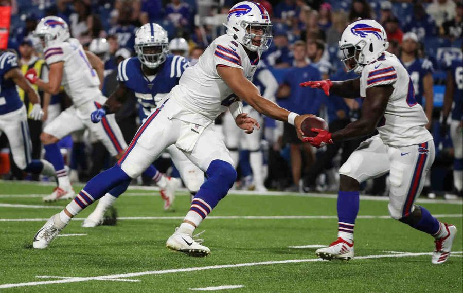Running back Christian Wade was one of 10 players to sign a reserve/future contract with the Buffalo Bills on Monday. (James P. McCoy/Buffalo News)