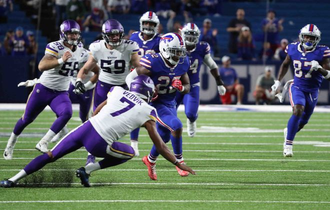 Bills running back Marcus Murphy took this punt return back for a touchdown against the Minnesota Vikings on Thursday night as part of a fourth-quarter comeback. (James P. McCoy/Buffalo News)