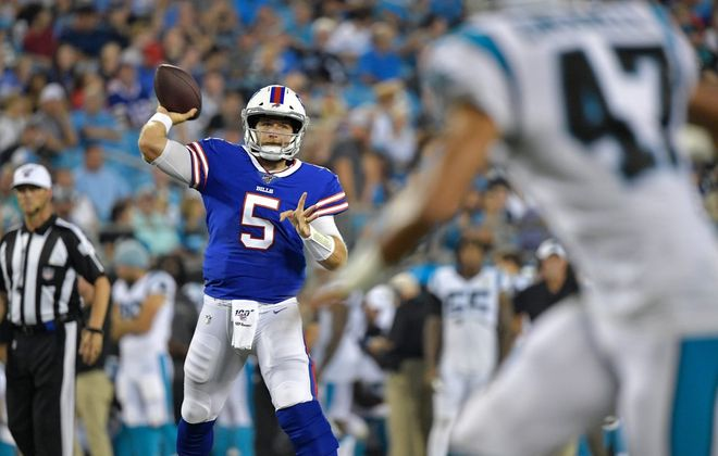 Matt Barkley should be seeing the bulk of the playing time at quarterback against the Jets in the regular-season finale (Getty Images)