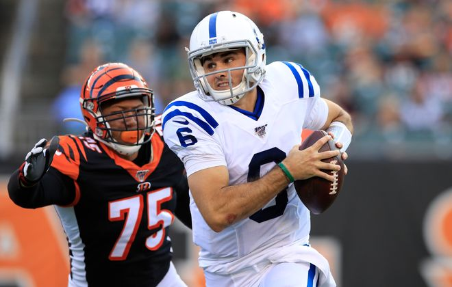 Chad Kelly of the Indianapolis Colts runs with the ball during the game against the Cincinnati Bengals. (Andy Lyons/Getty Images)