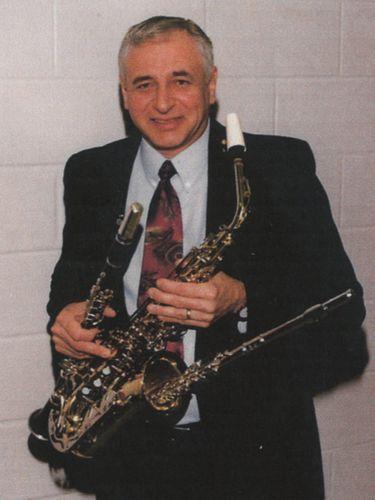 Jack Lis, 75, Niagara-Wheatfield music teacher led bands for stars at Melody Fair