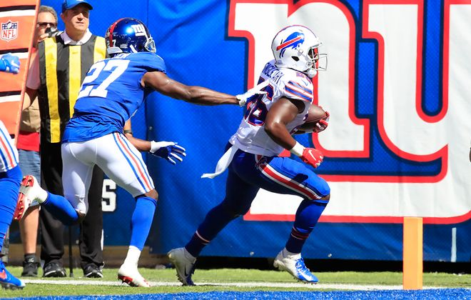 Bills running back Devin Singletary scores against the Giants during the second quarter at MetLife Stadium. (Harry Scull Jr./Buffalo News)