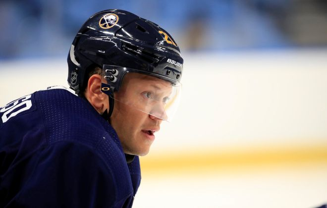 Buffalo Sabres winger Kyle Okposo (Harry Scull Jr./Buffalo News)