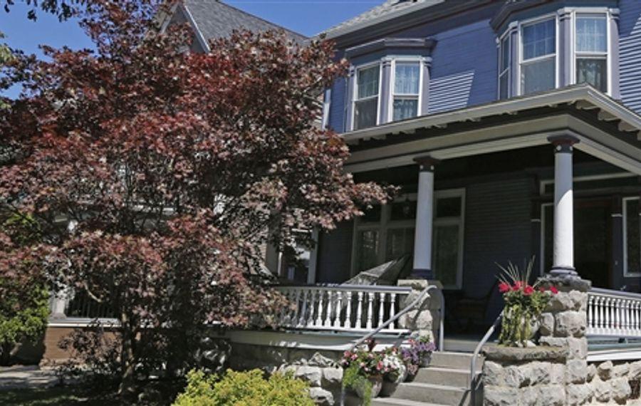 Home of the Month: The Burnett/Hickok home