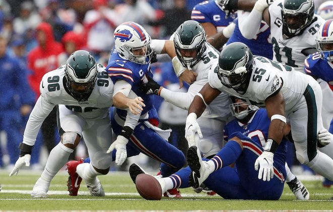 The Buffalo Bills struggled to get much of anything going offensively Sunday in an ugly loss to the Philadelphia Eagles. (Mark Mulville/Buffalo News)