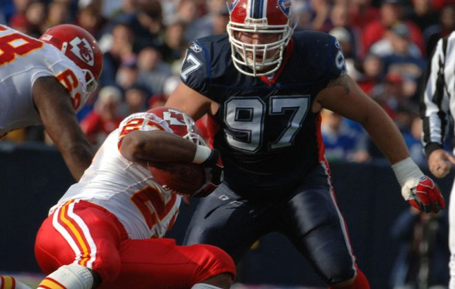 Justin Bannan, playing for the Bills against the Kansas City Chiefs in 2005. (James P. McCoy/News file photo)