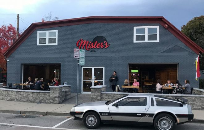 Mister's Bar and Lanes is in its soft-opening phase in East Aurora. (Mister's Bar and Lanes)