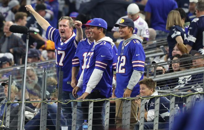Buffalo Bills fans cheer on the team in the fourth quarter on Thanksgiving against the Cowboys. (James P. McCoy/News file photo)