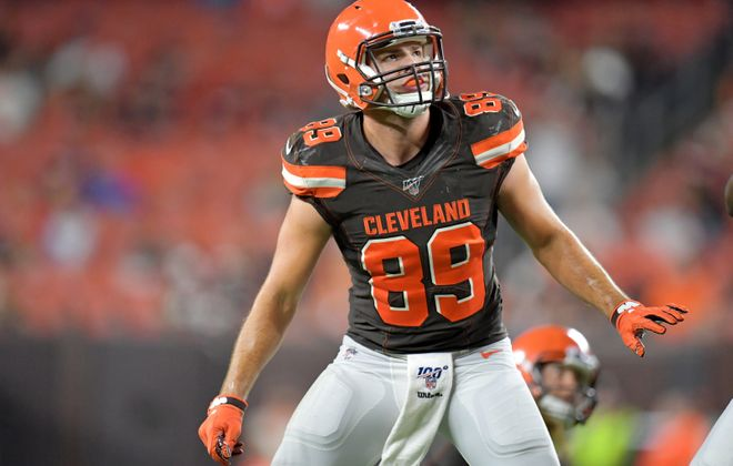 Tight end Stephen Carlson was signed to the Cleveland Browns' 53-man roster. (Getty Images)
