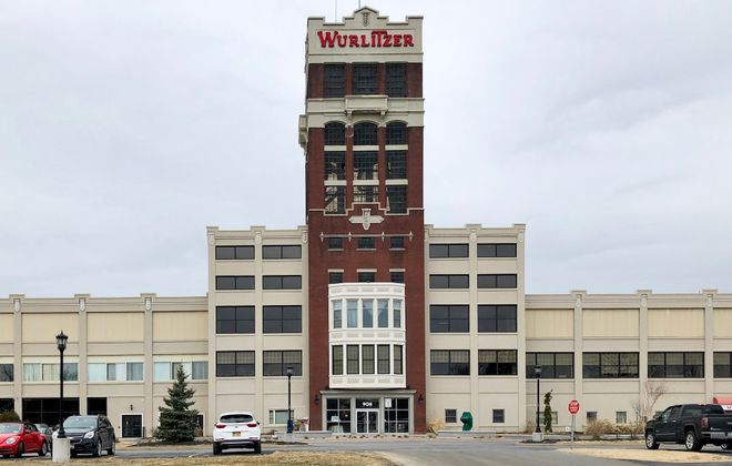 How can you miss the mighty Wurlitzer Building? It's the site of a cool Christmas market this weekend. (Ben Tsujimoto/News file photo)