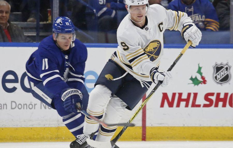 Another three-point night for Jack Eichel (Robert Kirkham/Buffalo News)
