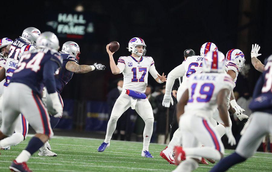 Bills quarterback Josh Allen talked about his top mechanics issue before the regular season started. (James P. McCoy/News file photo)