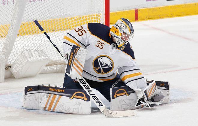 Buffalo Sabres goalie Linus Ullmark (Getty Images).