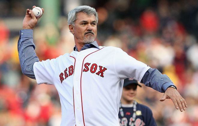 Dwight Evans throws a ceremonial first pitch at Fenway Park prior to  Game 3 of the 2008 ALCS against Tampa Bay (Getty Images).