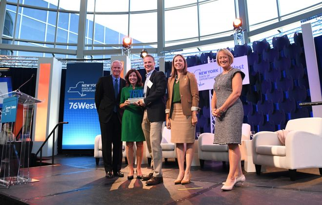 CleanFiber's Jonathan Strimling, center, was among the 76West prize winners this year. (Provided photo)