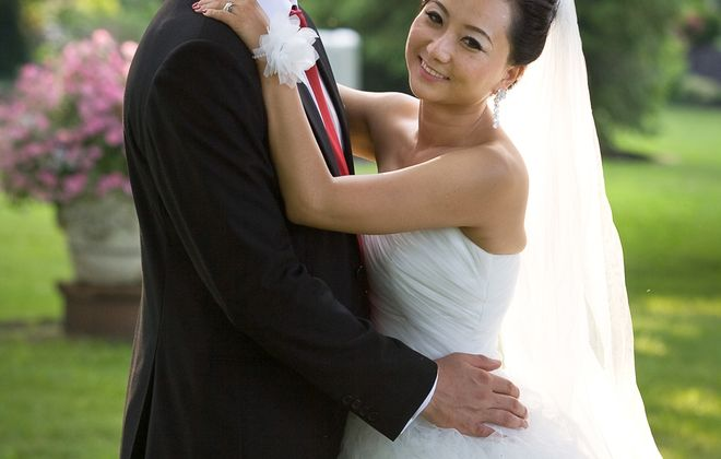 Mary Penichter and Rui Rui Wang wed in Belhurst Castle