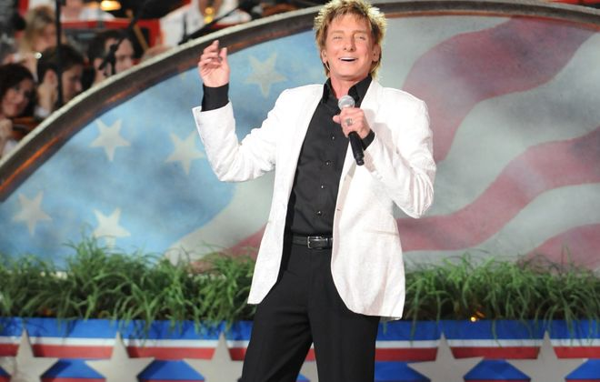 """Barry Manilow, due back at """"A Capitol Fourth,"""" says despite being 70, """"I still feel the same way I always have."""""""