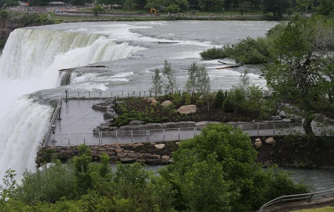 The newly renovated Luna Island in Niagara Falls State Park presents an opportunity for city leaders. (Charles Lewis/Buffalo News)