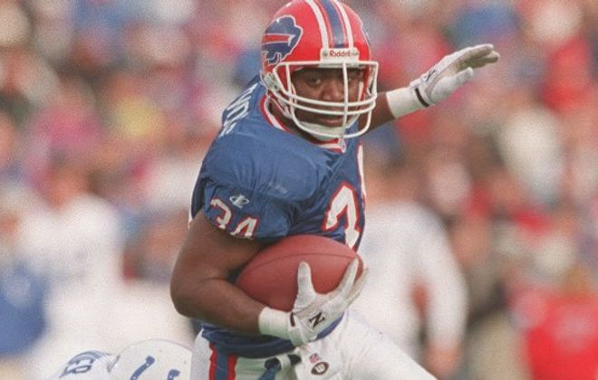 Mark Gaughan notes the Bills took a chance on Thurman Thomas' repaired knee in drafting  him in 1988. There were seven running backs taken before Thomas. (Buffalo News file photo)