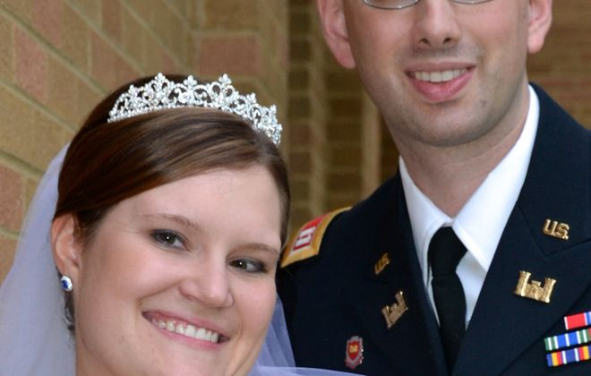 Mitzi M. Farley and Philip G. Gerretsen are wed in Missouri