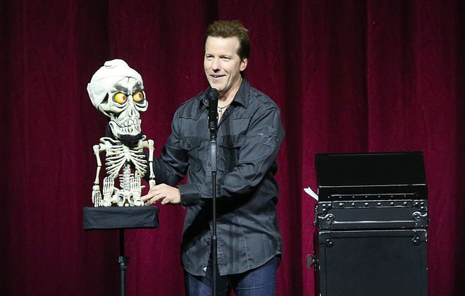 Ventriloquist Jeff Dunham, with Achmed the Dead Terrorist, draws big laughs Friday night at First Niagara Center.