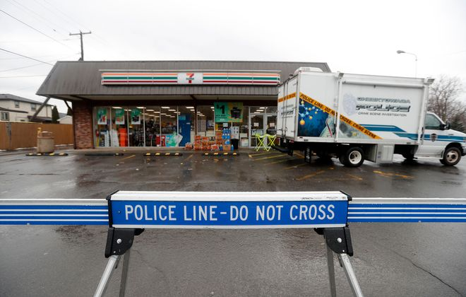 Cheektowaga police continue to investigate a homicide at the 7-Eleven at 475 French Road in Cheektowaga. (Mark Mulville/Buffalo News)