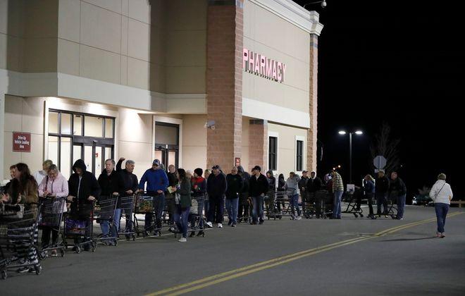 Shoppers line up ahead of Wegmans' 6 a.m. opening. (Mark Mulville/Buffalo News)