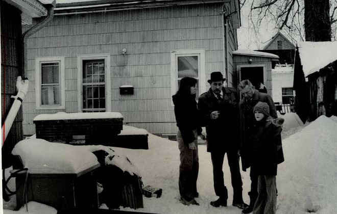 Buffalo Police investigate the murder of Linda Tschari, 19, of Buffalo on Feb. 8, 1978. John M. Sauberan, then living in Buffalo, was arraigned on Thursday for her murder. (Buffalo News file photo)