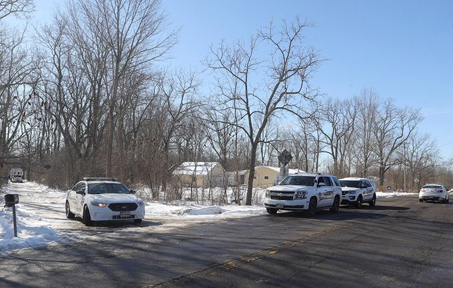 Lewiston police and a crime scene investigation unit are seen at 2100 Mount Hope Road on the Tuscarora Reservation in Lewiston, on Sunday, March 1, 2020. (John Hickey/Buffalo News)
