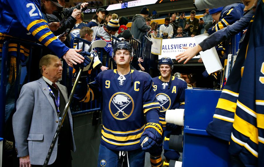 Dads' trip marches on to Nashville for Sabres' matchup with Predators