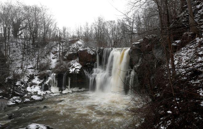 Akron Falls at Akron Falls Park Tuesday, January 28, 2020.        (Mark Mulville/Buffalo News)