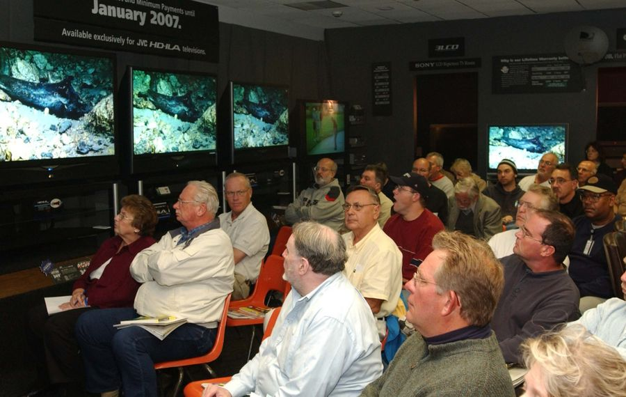 Almost 100 people attended a seminar held by The Stereo Advantage on high-definition television in 2005. (Buffalo News file photo)