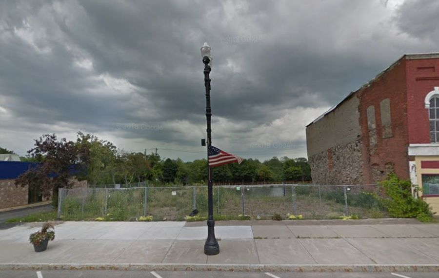 The state Department of Environmental Conservation plans to clean up the site of the former Starlite Dry Cleaners on North Main Street in Medina. (Google images)