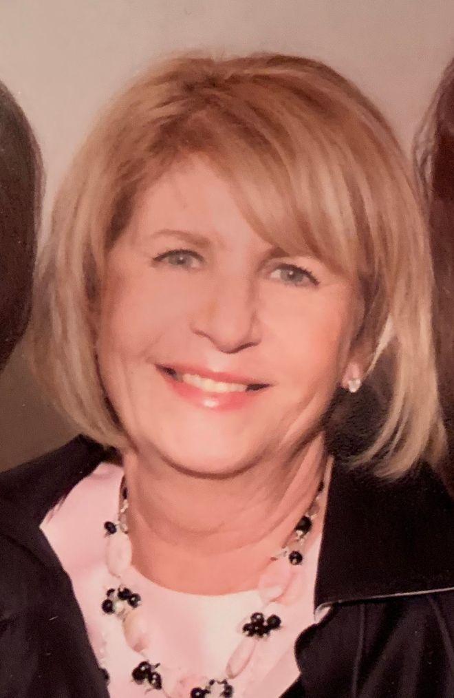 Lois Weinstein, 73, directed Holocaust Resource Center