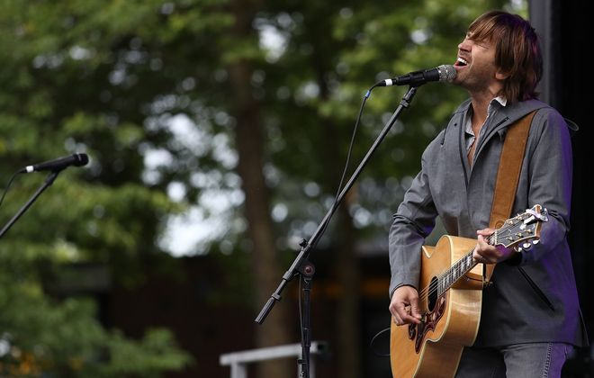 Rhett Miller returns to Buffalo to perform a solo show in the 9th Ward @ Babeville. (Getty Images)