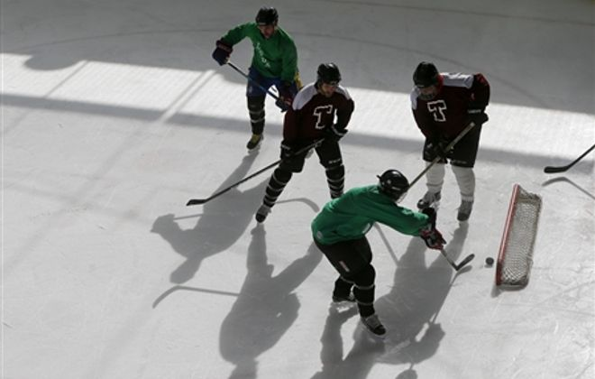 Labatt Blue Pond Hockey Tournament kicks off at RiverWorks