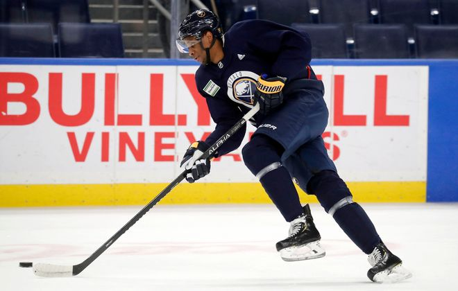 New Buffalo Sabres forward Wayne Simmonds skates with his teammates at KeyBank Center. (Mark Mulville/Buffalo News)