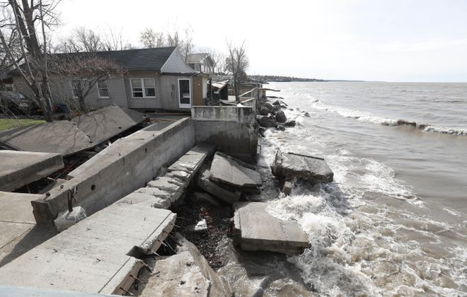 A breakwall between two residences on Midshore Drive belonging to the Town of Hamburg collapsed during the Halloween storm last year. (Sharon Cantillon/Buffalo News)