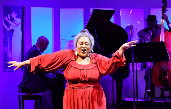 """Zoe Scruggs belts out a number as blues great Alberta Hunter in """"Cookin at the Cookery"""" at MusicalFare Theatre. (Photo by Bethany Burrows)"""