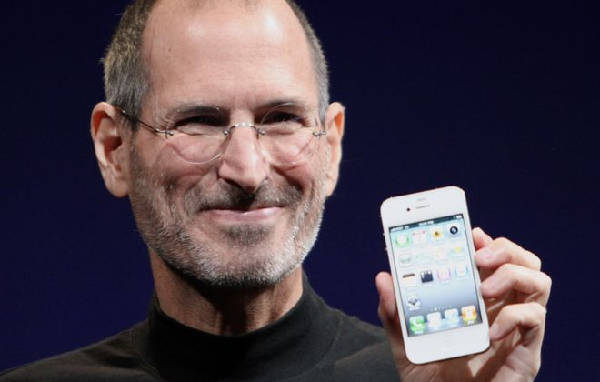 Steve Jobs shows off the iPhone 4 at the 2010 Worldwide Developers Conference. (Photo by Matthew Yohe)