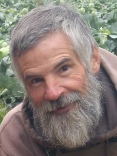 Daniel Oles, 63, helped make local vegetables the pride of restaurants