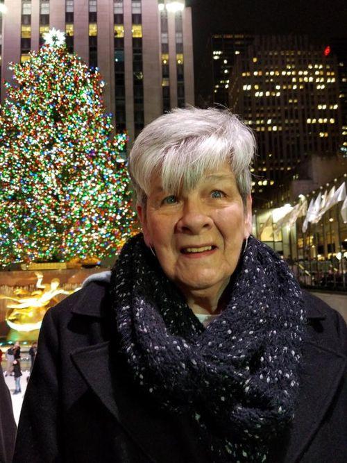 Karen C. Wasmund, 76 ans, exploitait un parc d'attractions, entreprise d'artisanat