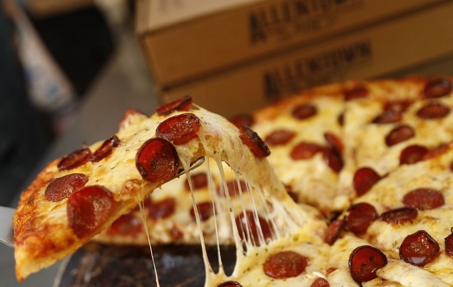 """For @SexySlices, the highlight of the cheese and pepperoni pizza at Allentown Pizza was the pepperoni, which he graded a Buffalo """"B"""" – average count, average char. (Sharon Cantillon/Buffalo News)"""