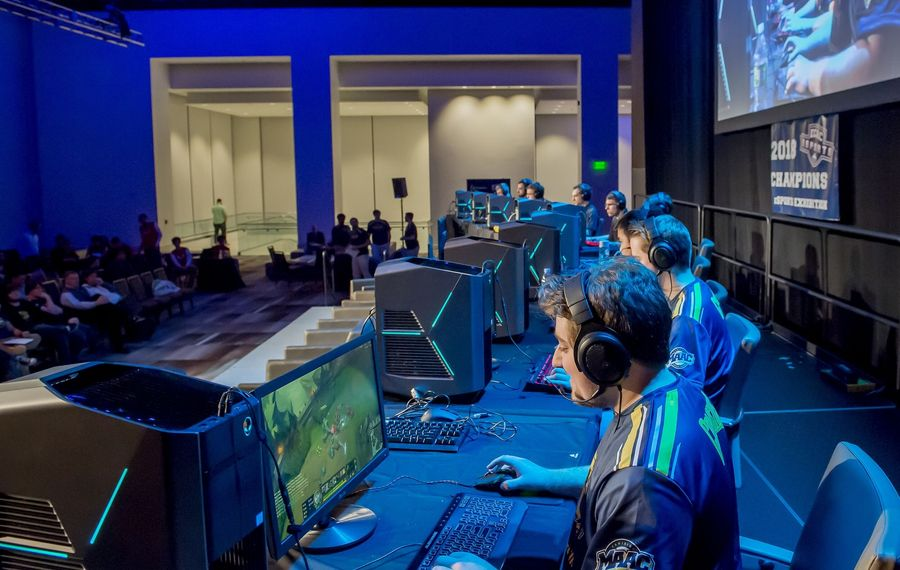 Esports step into spotlight amid pandemic; Buffalo eyeing future live events