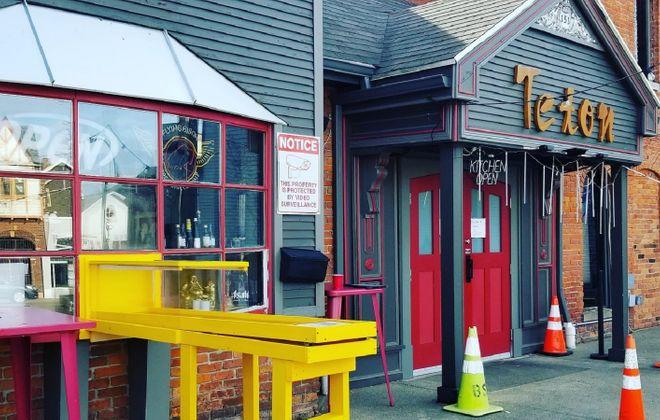 The bright social-distancing mechanism at Teton Kitchen on Elmwood. (Photo courtesy Teton Kitchen)