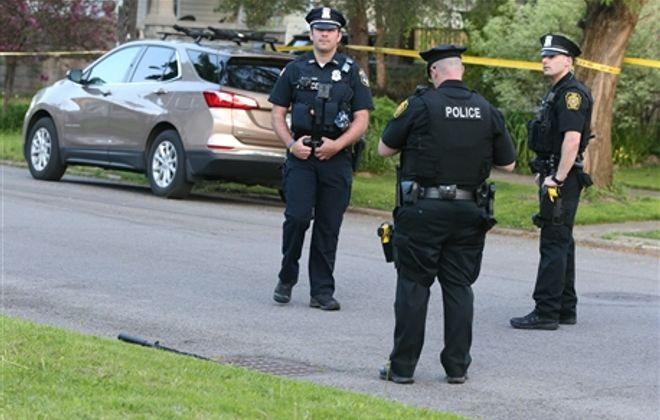 Overnight gunfire leaves Tonawanda officer, 2nd man wounded